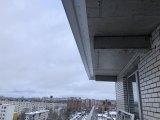 2-установили-новый-козырек-к-верхней-плите-балкона
