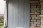 2-обшивка-стен-в-лоджии-пластиковыми-панелями-на-деревянную-обрешетку