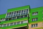 12-готовое-остекление-балкона-от-пола-до-потолка-теплыми-рамами