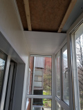 панорамное-остекление-балкона-в-кирпичном-доме