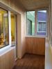 4-балкон-обшитый-деревянной-вагонкой